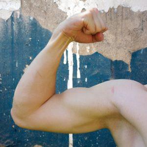 Oberarmmessung zur Gewichtskontrolle - Anleitung und Hinweise